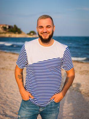 моряшка-тениска-с-бял-елемент