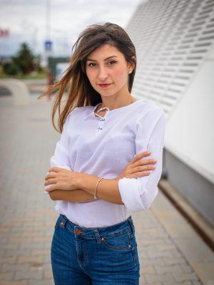 дамска-кенарена-блуза-с-връзки
